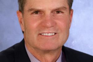 Lloyd DeVaux